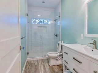 Bath remodelling Hollywood park